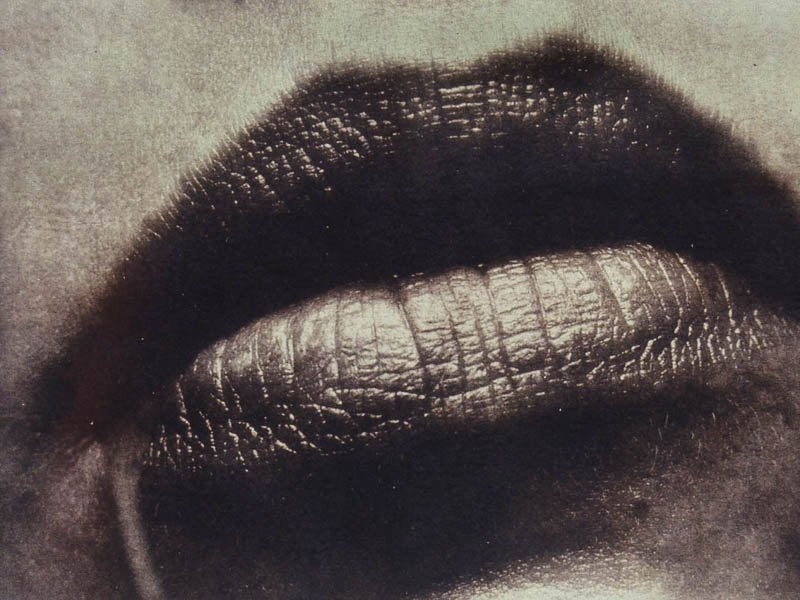 08_gates_heb08_gates_en_lips